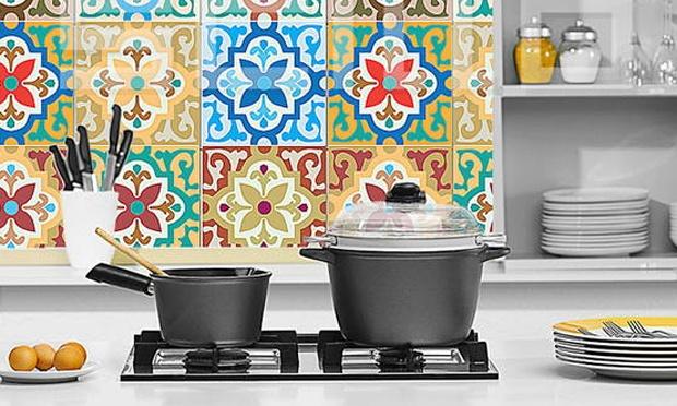 decoracao cozinha de praia:Adesivo de azulejo: Uma maneira prática de reformar, sem quebradeira