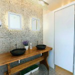 Banheiro Público Contêiner Feminino - Salissa Busatto de Oliveira
